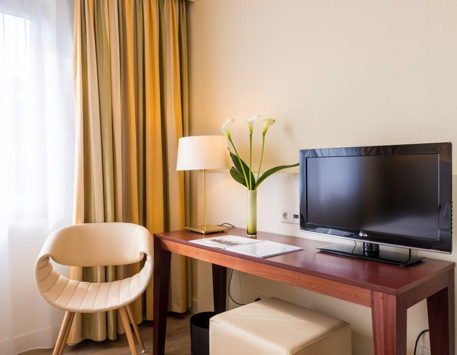 Unsere standard doppelzimmer for 4 design hotel q berlin