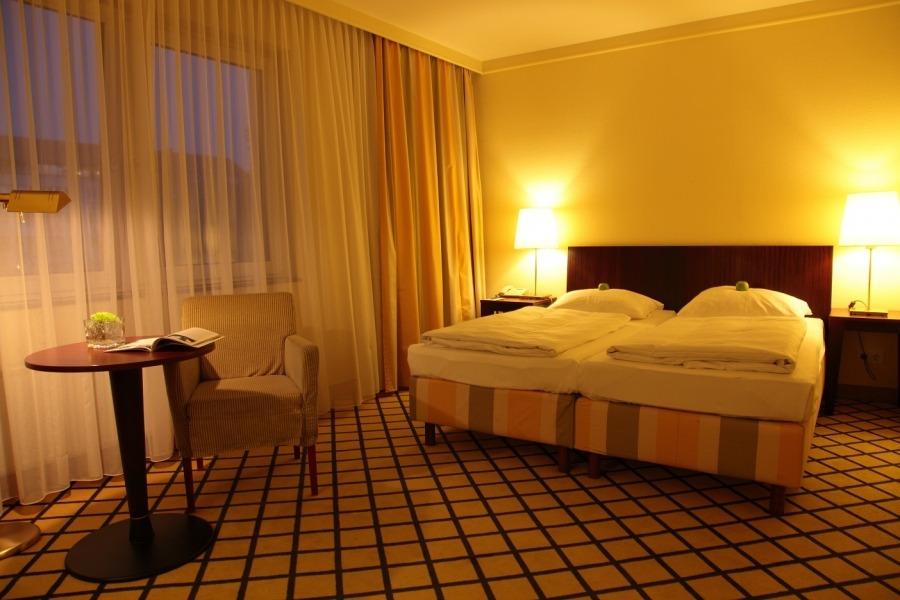 Hotel behindertenfreundlich relexa hotel berlin for Zimmer berlin